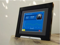 Digital Photo Frame Displays Real-Time Energy Usage Along With Personal Photographs