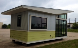 Hands-On Teaching with Tiny Houses in Austin